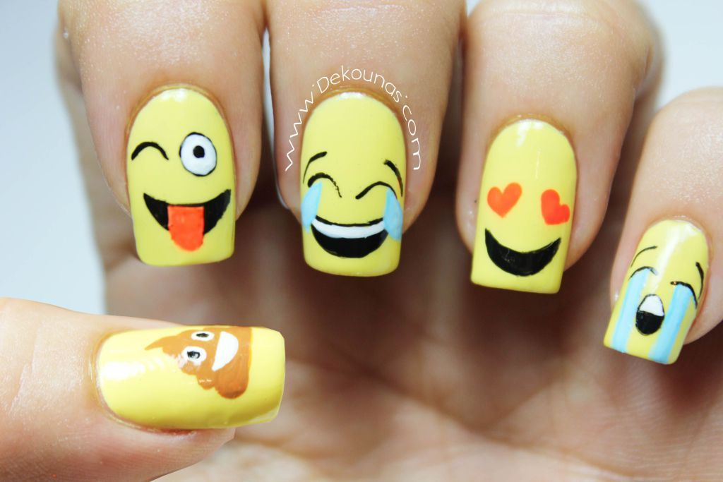 Decoración de uñas Emoji o emoticones | Manicure, Emoji nails and ...