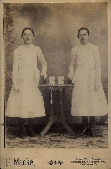 Arts - Jumeaux - Doubles: Jumeaux: rites de vie et de mort