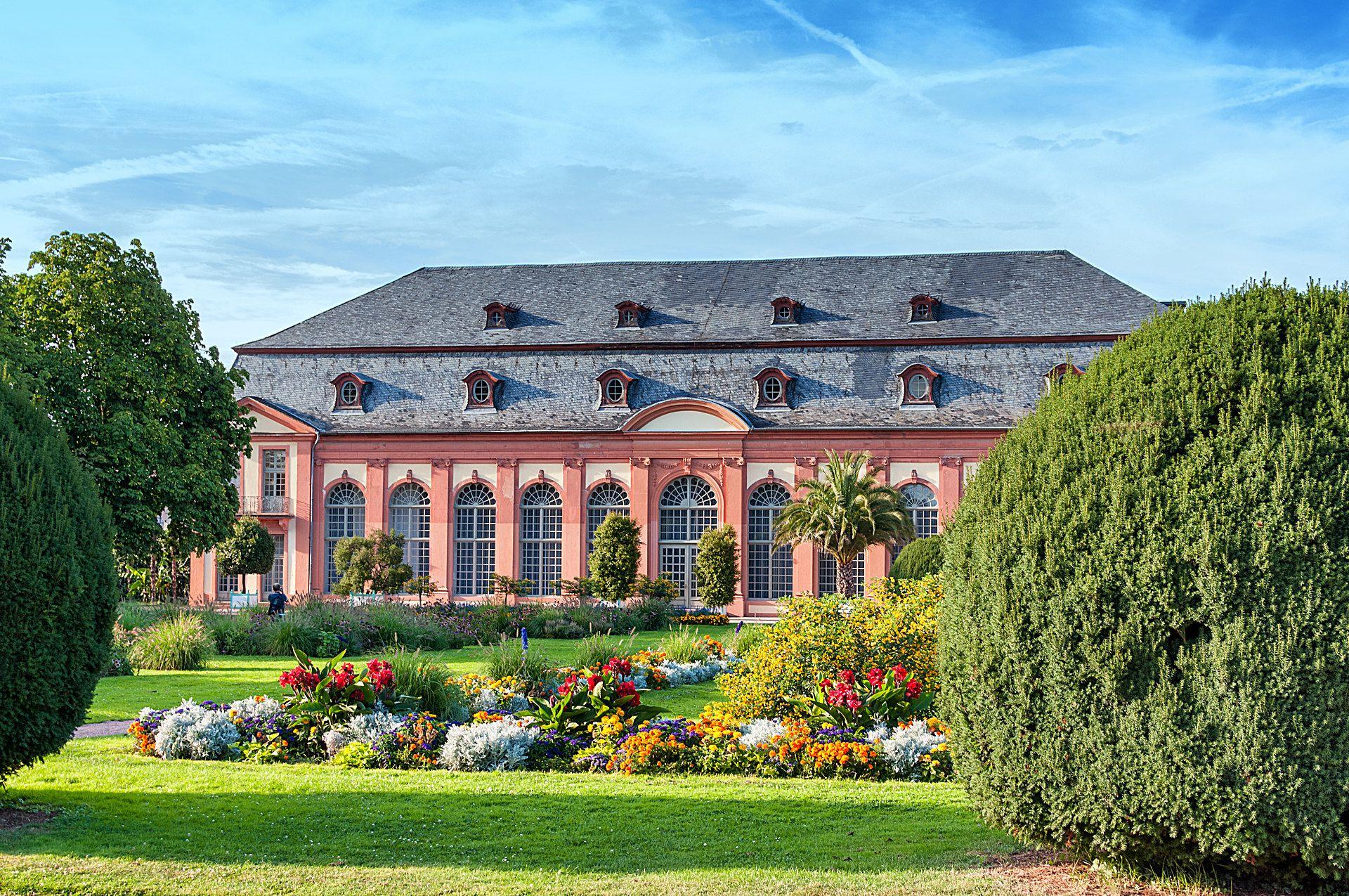 Orangerie In Darmstadt Botanischer Garten In 2021 Botanischer Garten Darmstadt Garten
