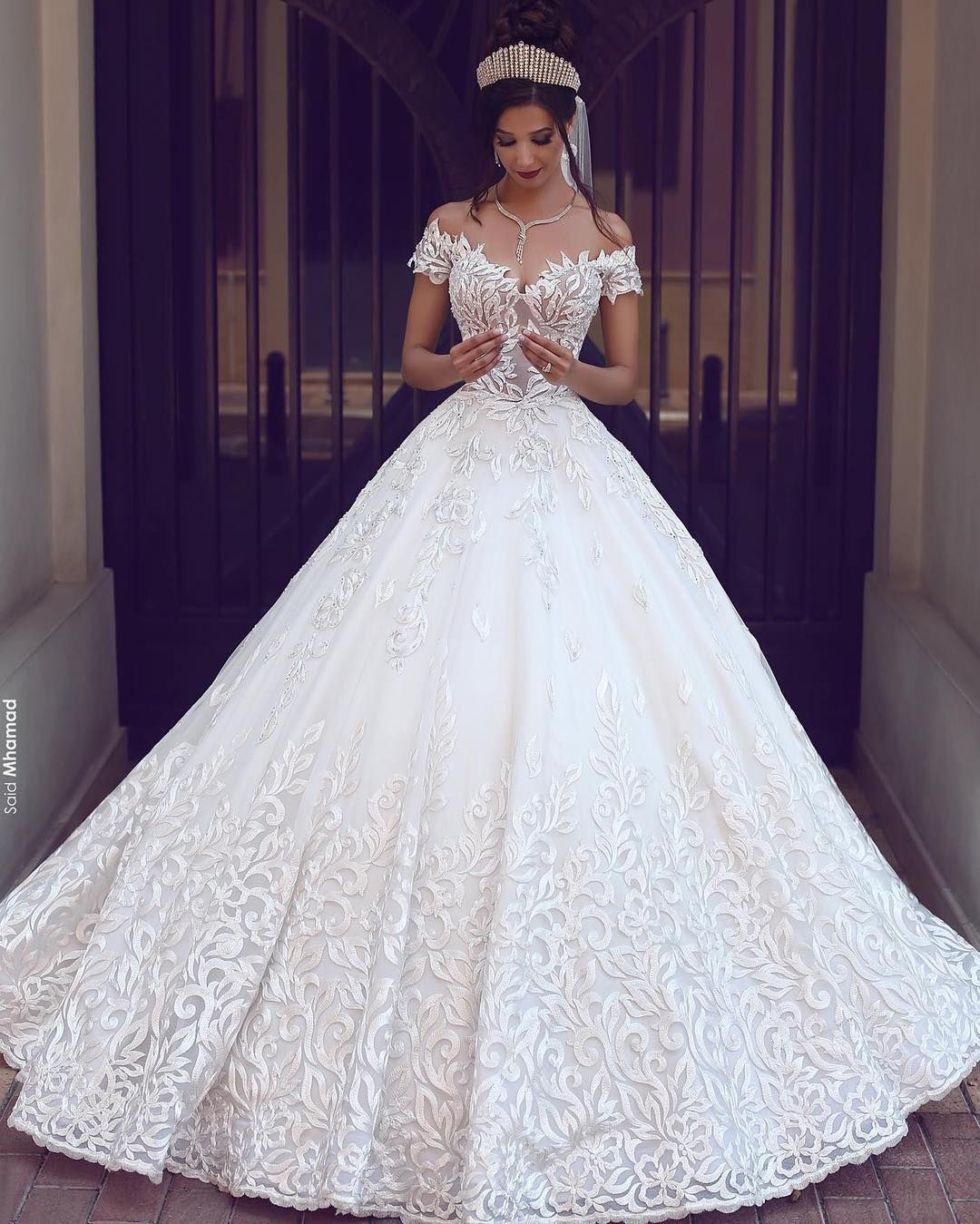 Wedding Amp Bridal Inspiration For The Glamourous Bride D R E A M W E D D I N G 4 U Advertis Cheap Bridal Dresses Ball Gowns Wedding Long Wedding Dresses