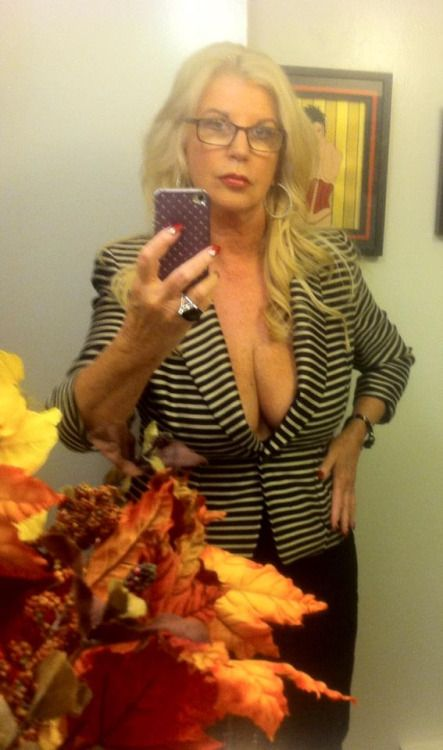 Canada escort female mature