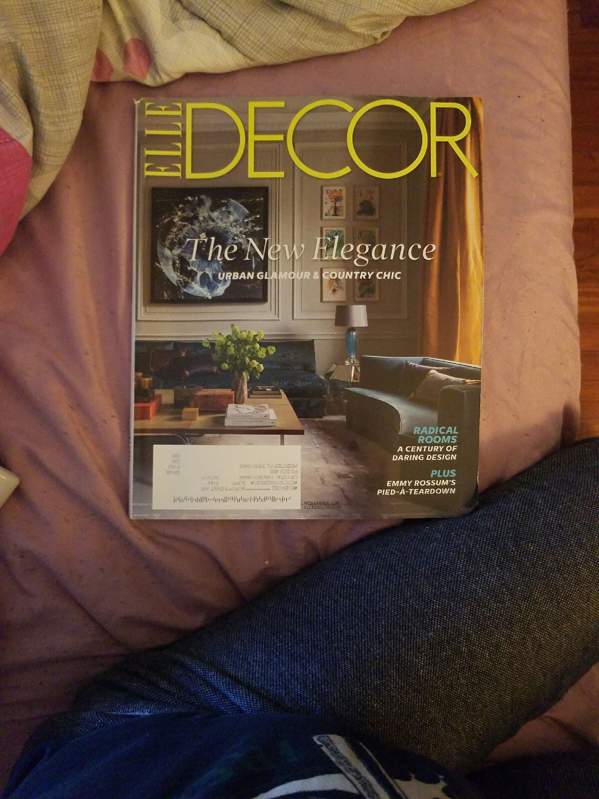 ELLE DECOR Magazine  November 2016 Decor The New Hilegance   RADICAL ROOMS  A CENTURY OF  DARING DESIGN   PLUS EMMY ROSSUM'S  PIED-A-TEARDOWN  The New Elegance  URBAN GLAMOUR  & COUNTRY CHIC   https://nemb.ly/p/Hyf9wUy_g Happily published via Nembol