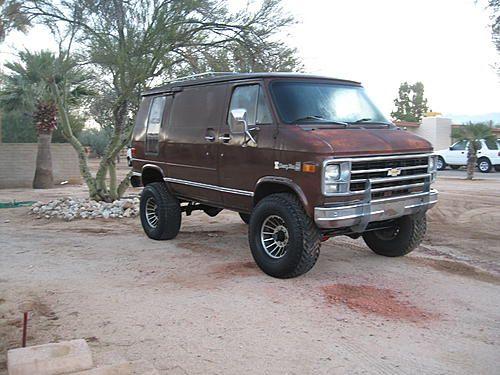 Click Image For Larger Version Name Chevy Van 001 Jpg Views 133 Size 20 4 Kb Id 448745 With Images Chevy Van Custom Vans Vans
