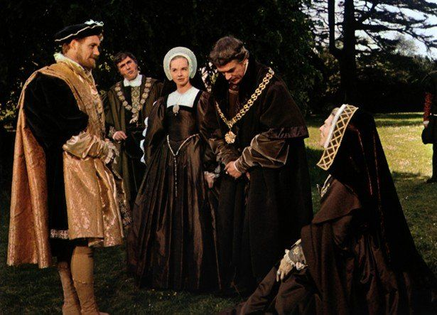 Sir Thomas More's family with Henry VIII in A Man for All Seasons (1966) -  IMDb | Historical movies, Movie costumes, Best costume design