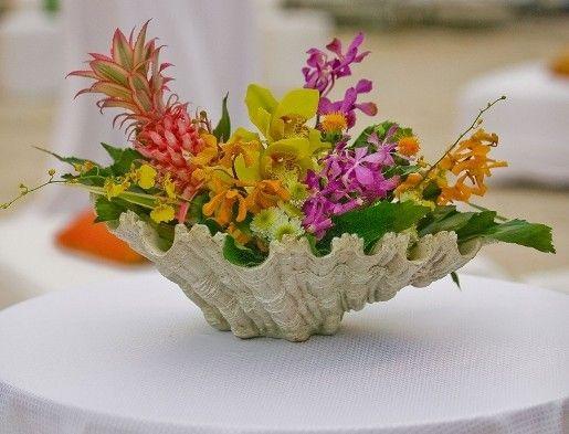 Flowers In A Sea Shell Floral Arrangements Unique Flower