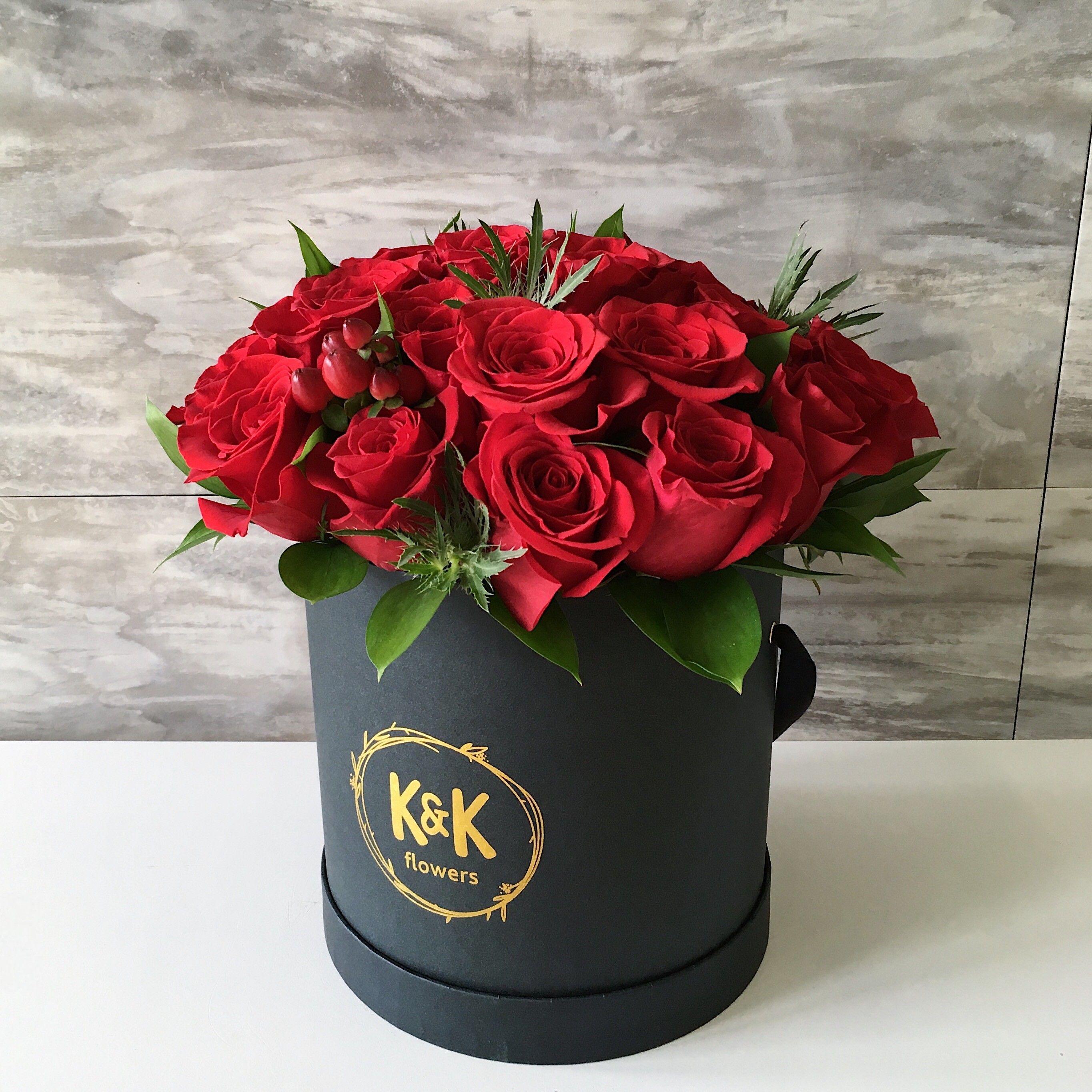 Elegant Red Roses Hat Box Arrangement