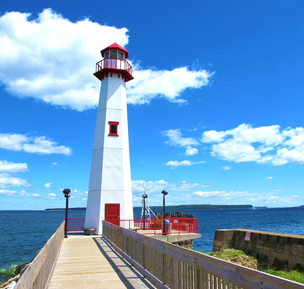 Did you know that Michigan has more lighthouses than any other state?