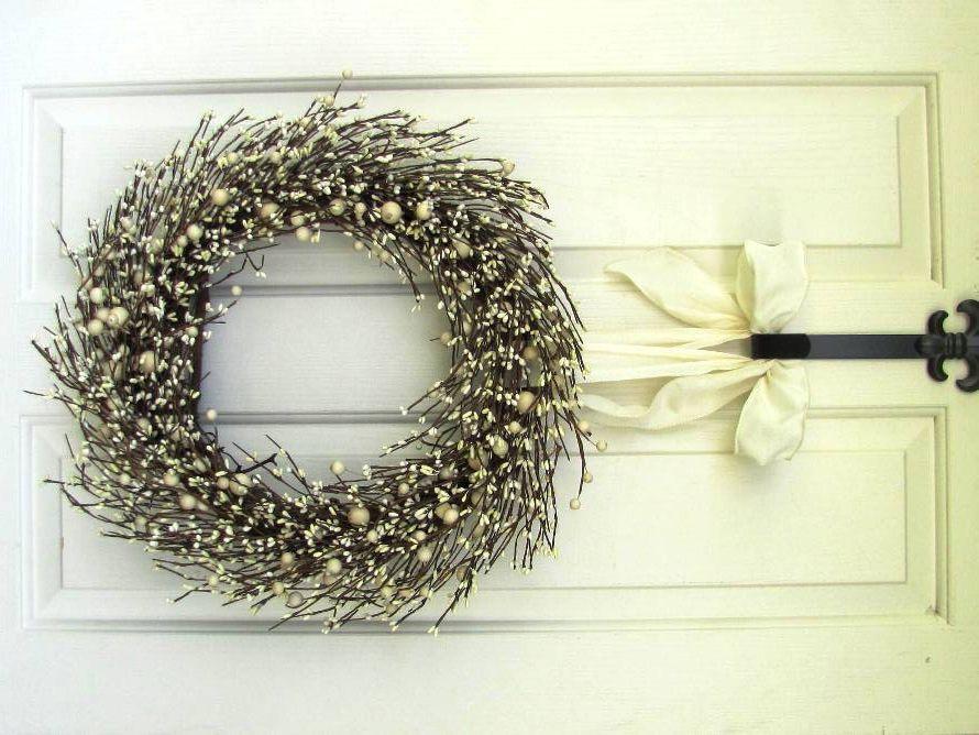 Fall Wreath - Fall Home Decor - Warm Ivory Pip Berry Wreath - Primitive Wreath - Winter Wreath - Door Wreath - Housewarming Gift - Christmas by Designawreath on Etsy