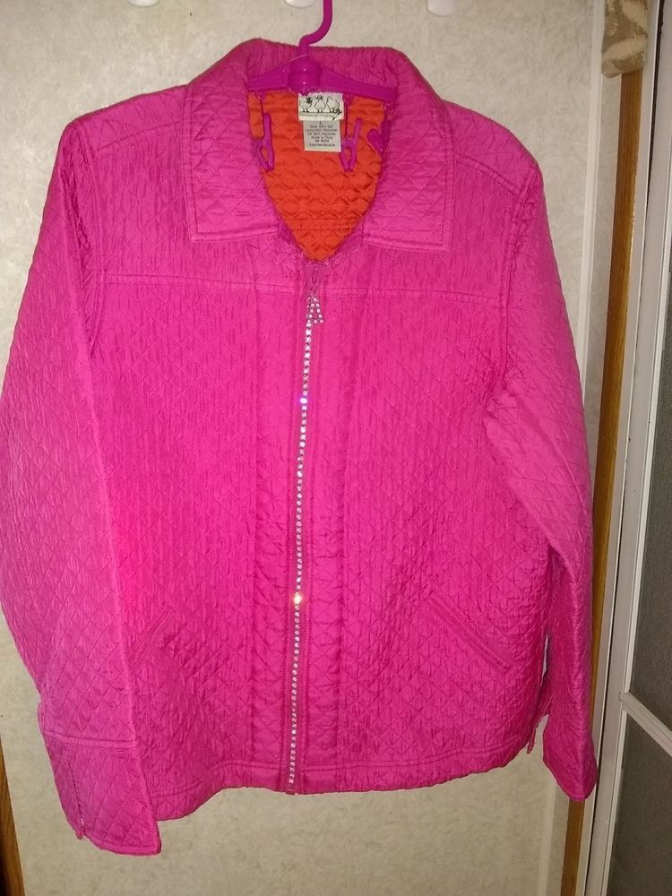 The Quacker Factory 100% silk vibrant pink with rhinestone zipper