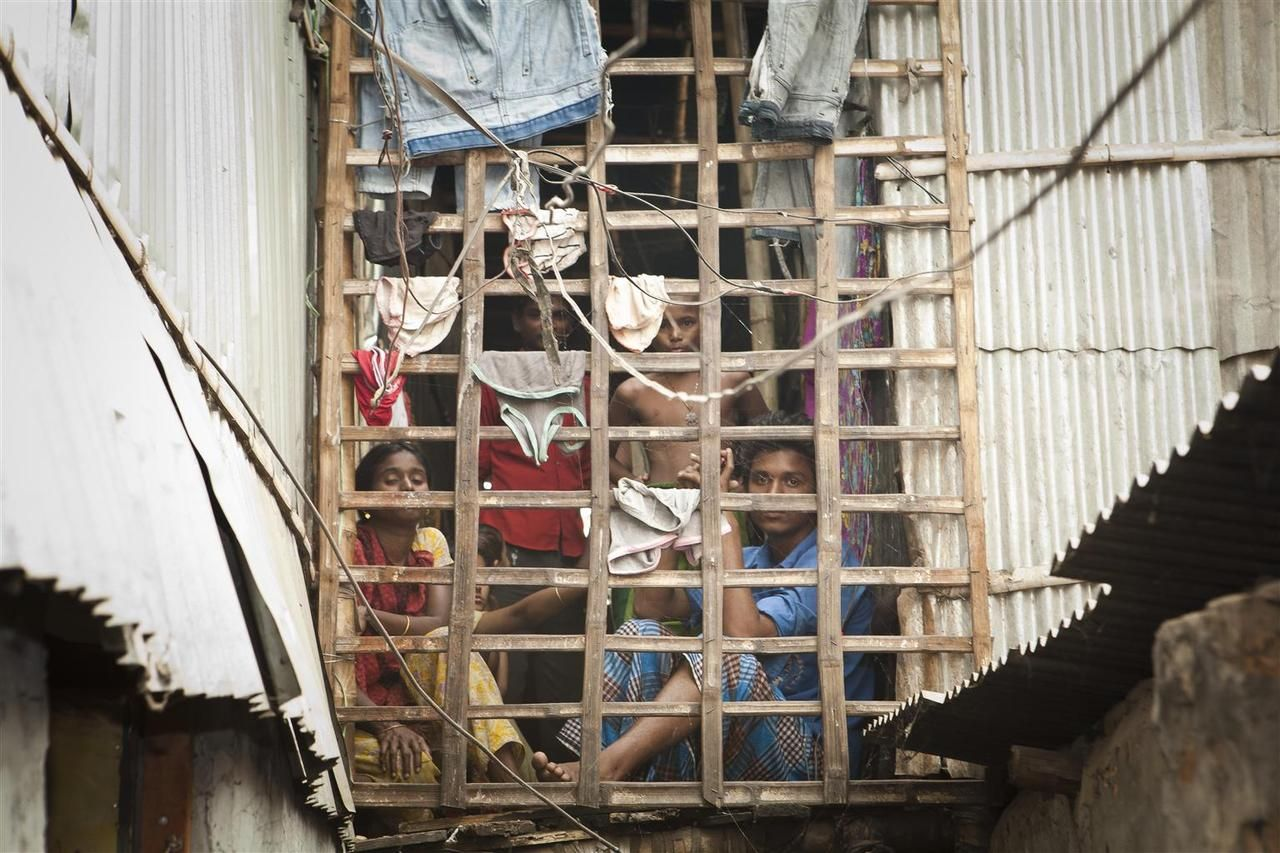 Residents of the Jhilparh slum in Bangladesh