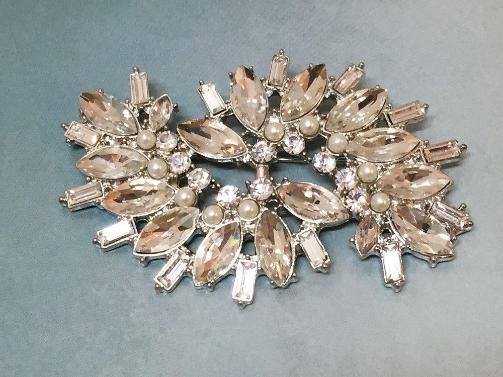 Bridal jewelry, Wedding jewelry, bridal brooch, crystal brooch, rhinestone brooch, pearl brooch, bridesmaid brooch