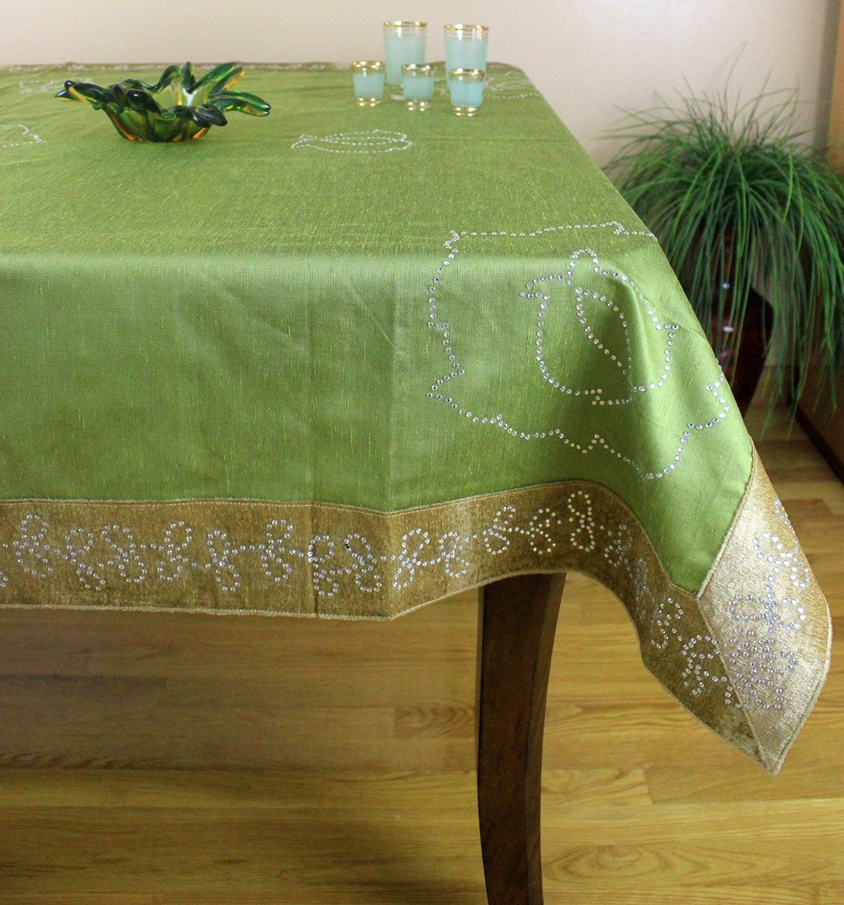Perfect Elegant Velvet Sparkle Rectangular Ideal For Holidays And Events Table Top  Decorations. Made In India. Available In Other Bold Color Options.