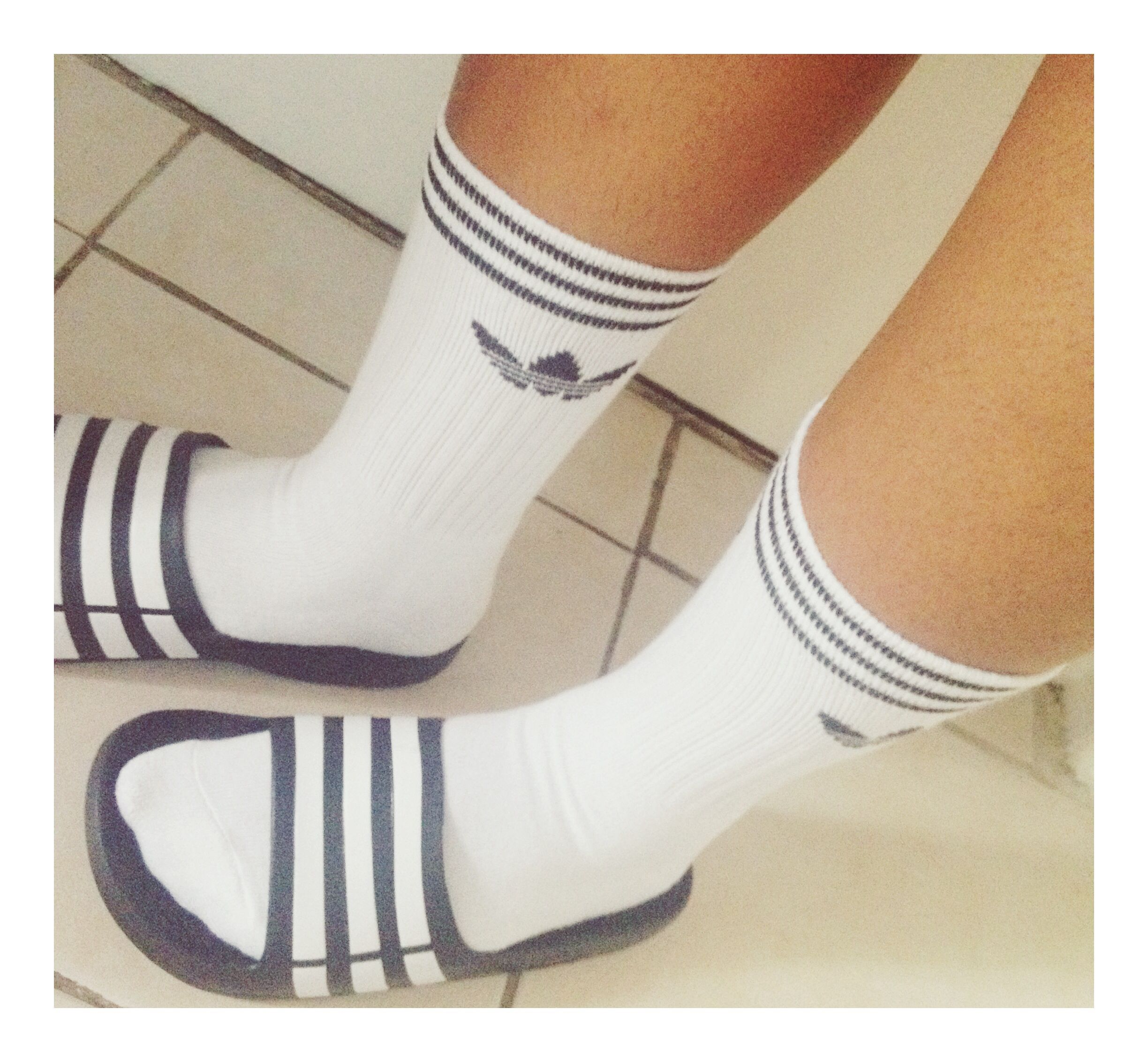 By Socksfashion Slides With Adidas Adilette Worn 354LcAqRj