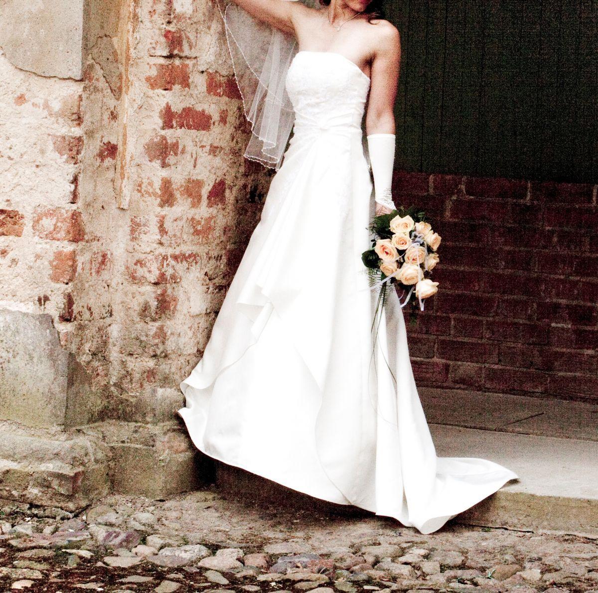 ♥ Stilvolles Hochzeitskleid Gr. 38/40 (M) in ivory (Creme ...