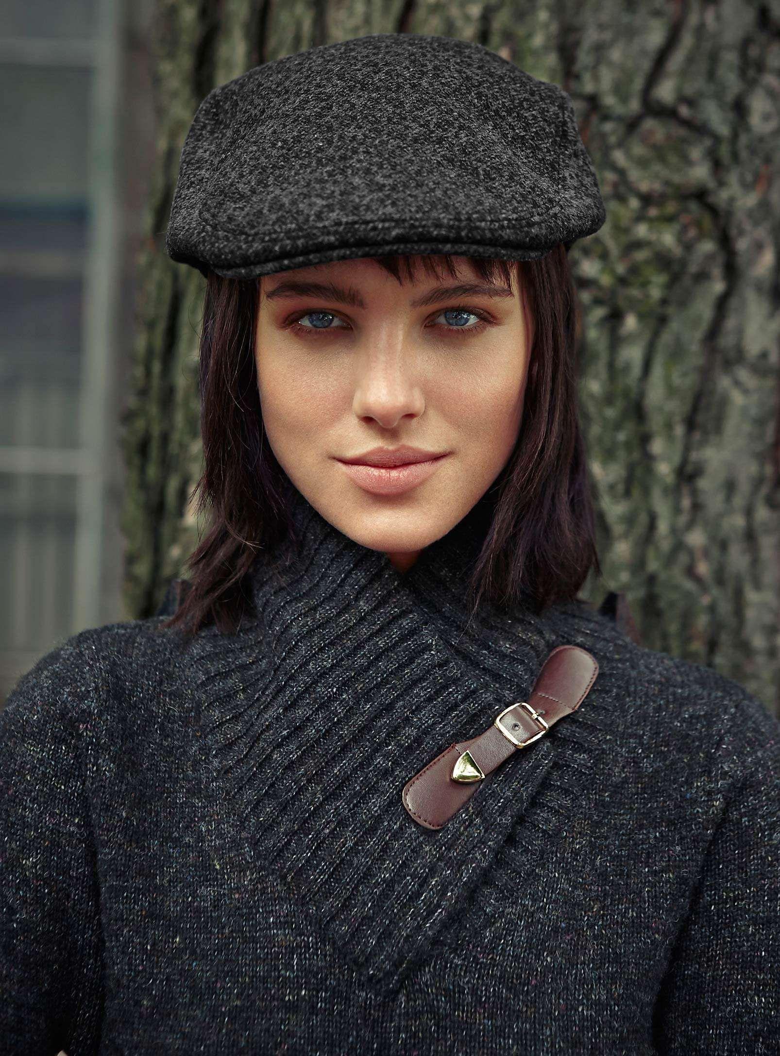 6eb750ee4f3c81 Heritage tweed flat cap | Simons | Back to school / La rentrée 2013 ...
