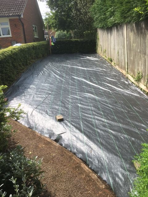 groundtex heavy duty weed membrane suitable for large garden area 39 s gravel driveway fabric. Black Bedroom Furniture Sets. Home Design Ideas