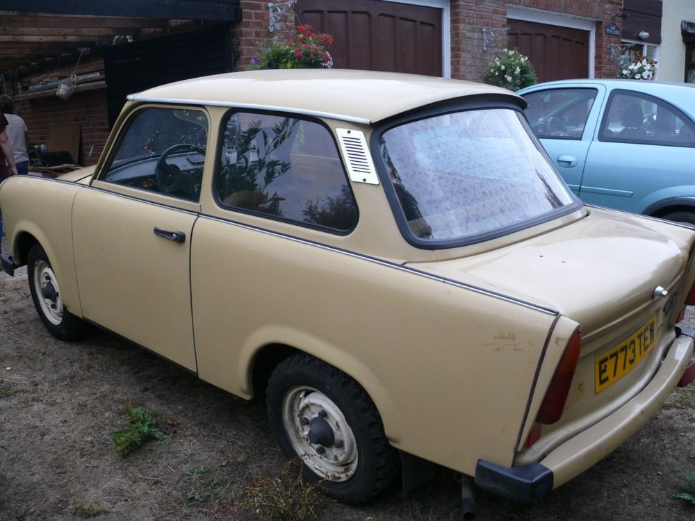 Ebay Trabant 601 Saloon 1981 Uk Registered Low Start No Reseve Classiccars Cars Saloon Ebay Classic Cars