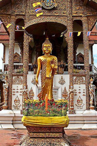 Wat Bupparam . Thailand