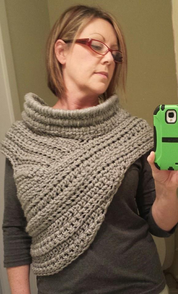 Katniss Cowl Inspiration Crochet Cowl Vest | CROCHET | Pinterest ...