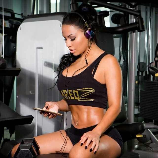 Dolly Castro Shredz Fitness Amp Fashion Junky Pinterest