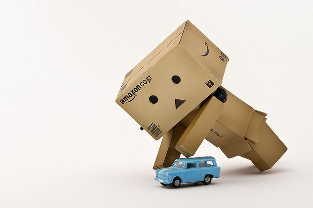 Danbo want to play with his toy car