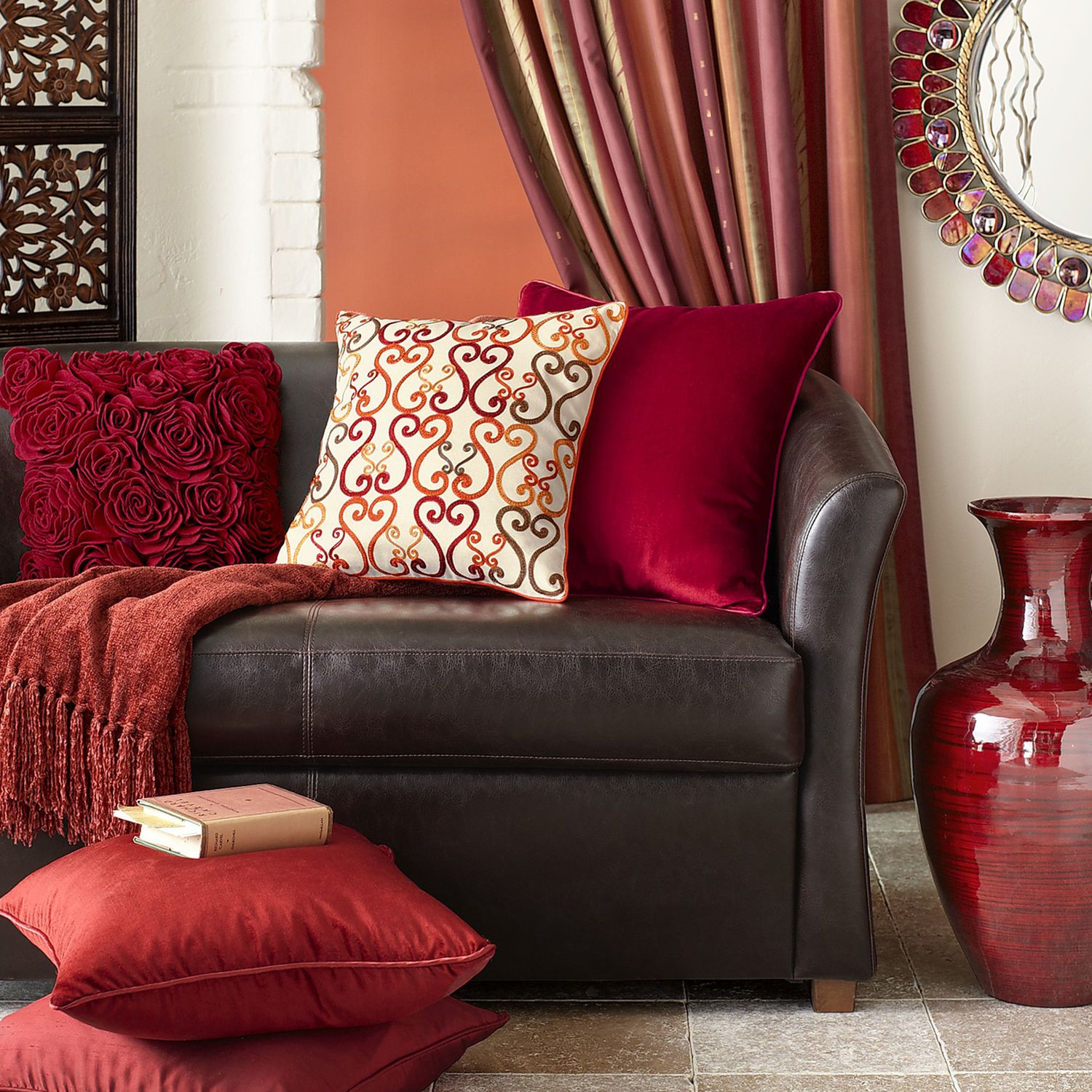 I Like The Bold Red Living Room Colors Living Room Red Brown