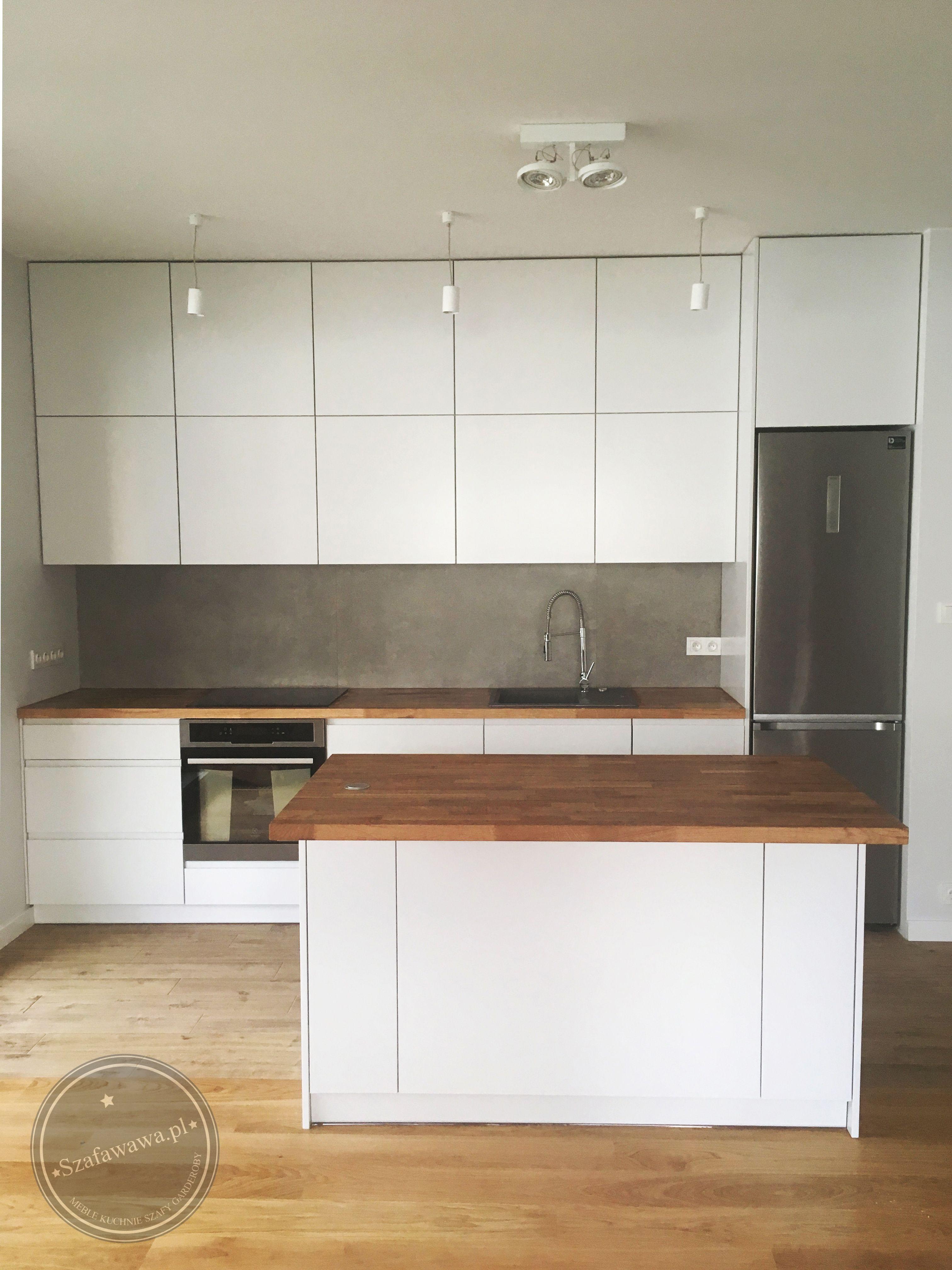 Kuchnia Na Wymiar Z Frezowanymi Uchwytami Szafawawa Kitchen Design Small Kitchen Design Kitchen Furniture Design