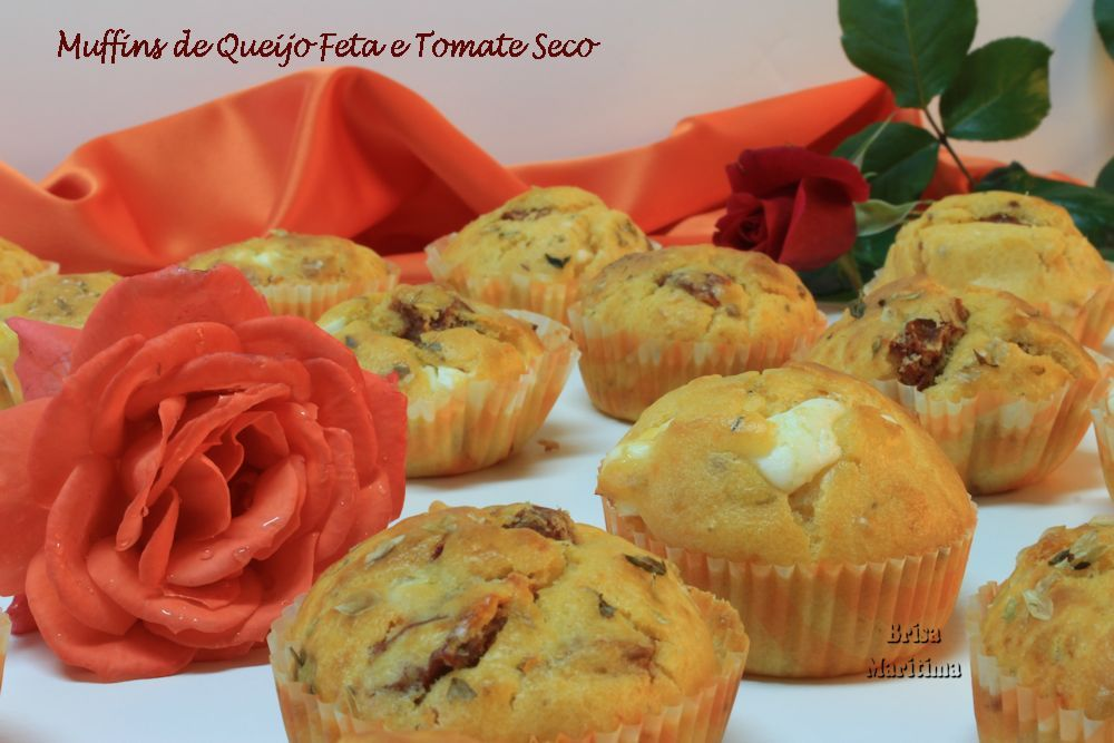 Muffins de Queijo Feta e Tomate Seco / Feta Cheese and Dried Tomatoes Muffins