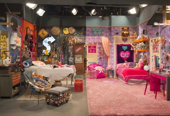 Pin By Emma Straub On Cool Beds Cat Bedroom Cat Room Icarly Bedroom