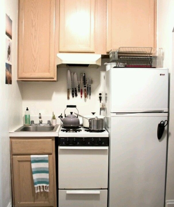 The Idea Is Good But I Hate The Stove Next To The Fridgeso Alluring Very Small Kitchen Designs Inspiration