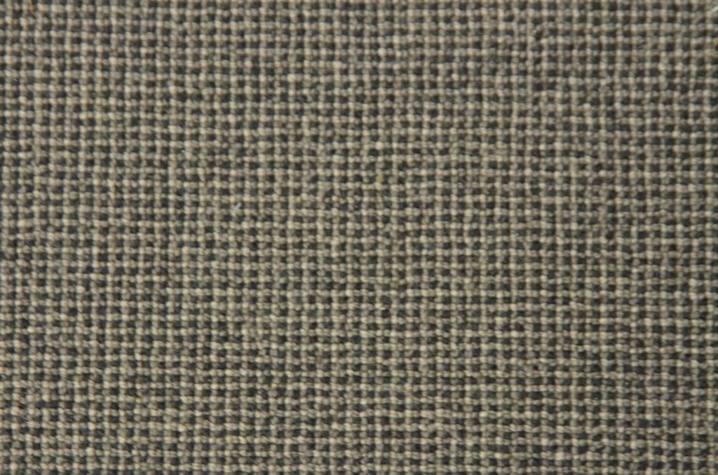 This Woven Wool Carpet Remnant 0227w With A Square