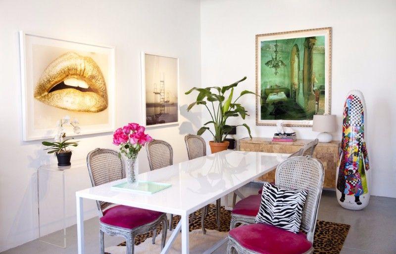 white office art gallery showroom