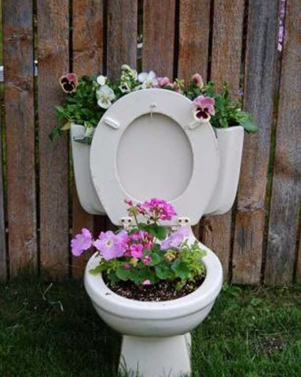 Do it yourself ideas and projects 24 diy recycled planting pots on do it yourself ideas and projects 24 diy recycled planting pots on the cheap solutioingenieria Images