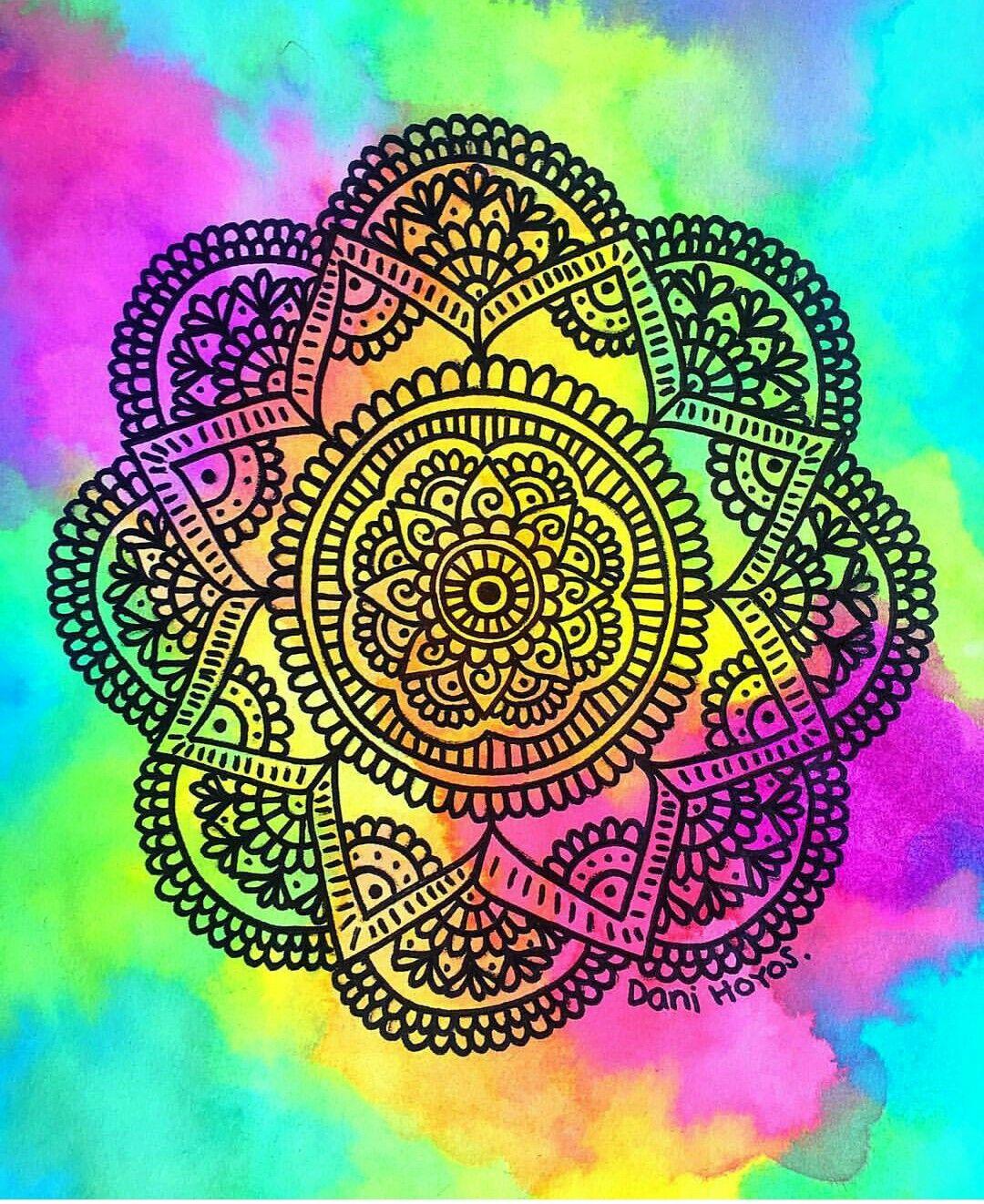 M ndala con fondo de colores zentangle pinterest - Colores para mandalas ...
