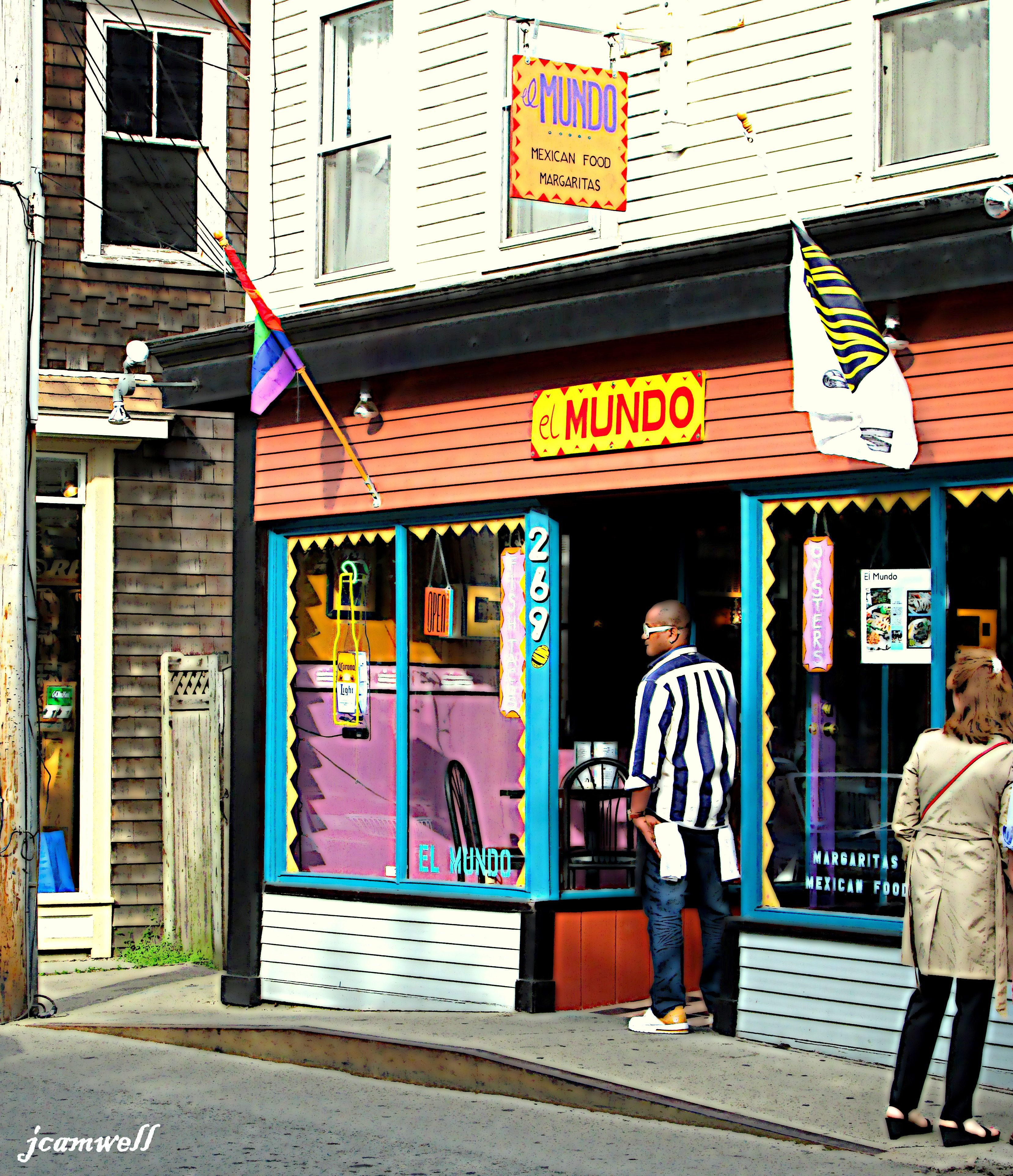 El Mundo In Provincetown-a Better View Than The Store On