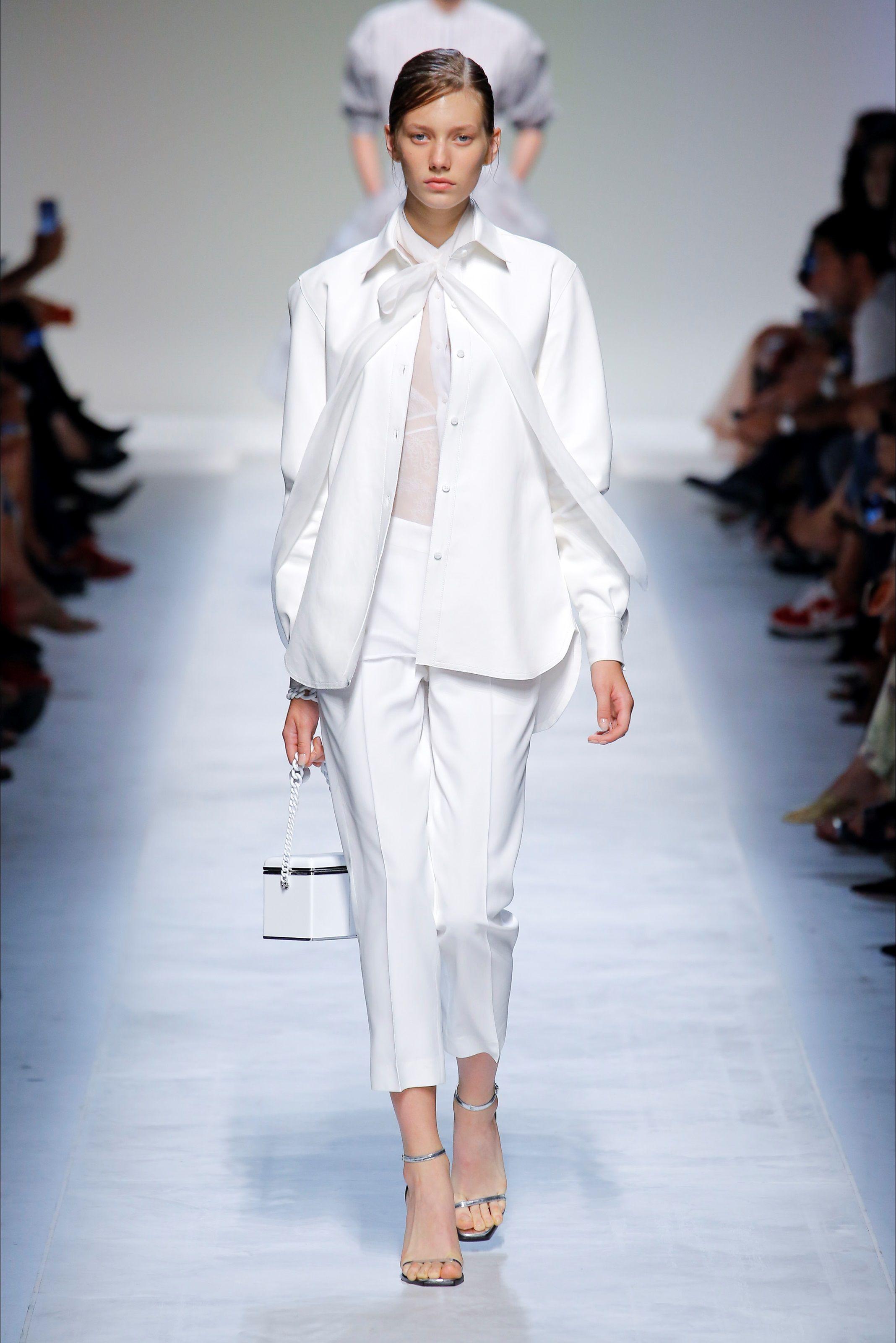 8211154363 Sfilata Ermanno Scervino Milano - Collezioni Primavera Estate 2019 - Vogue