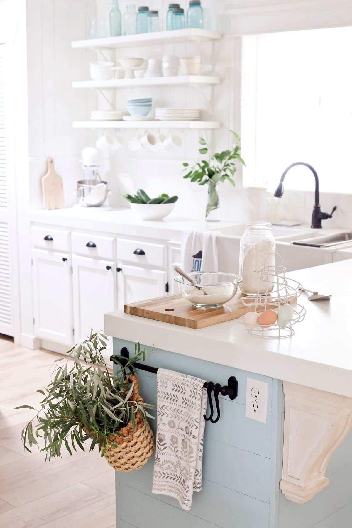 Wonderful modern open shelving kitchen ideas for your home ...
