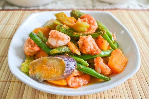 Pinakbet Pakbet Filipino Vegetable And Shrimp Stew Salu Salo Recipes Recipe Pinakbet Shrimp And Vegetables Philippine Cuisine