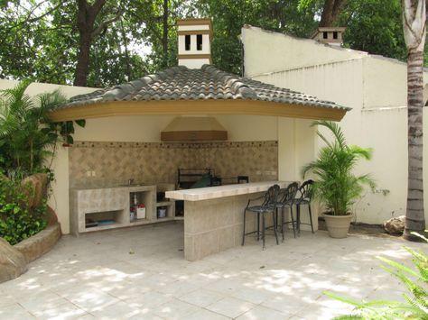 Palapa con asador equipado en patio decoraciones chidas for Decoraciones para patios casas