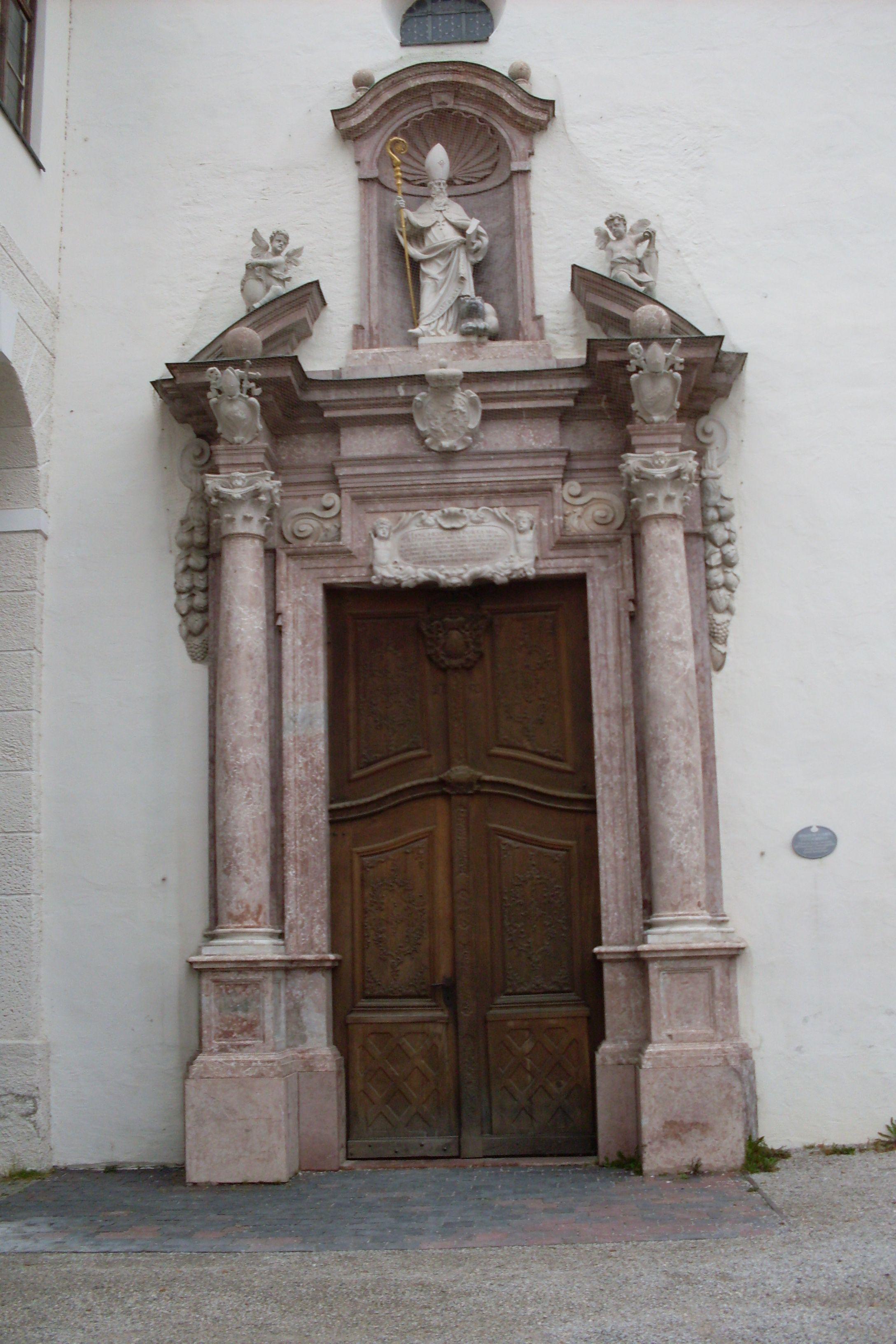 Puerta lateral. Catedral de Freising. Alemania.