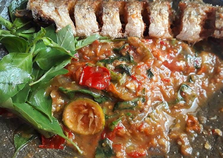 Resep Ikan Laosan Goreng Sambel Kemangi Oleh Nissa Erlina Trie Fani Resep Kemangi Resep Ikan Tumis