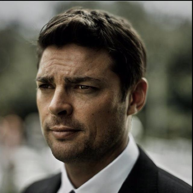 Karl Urban- He doesn't know this but he is secretly my husband. Other Urbabes need to watch themselves! d: