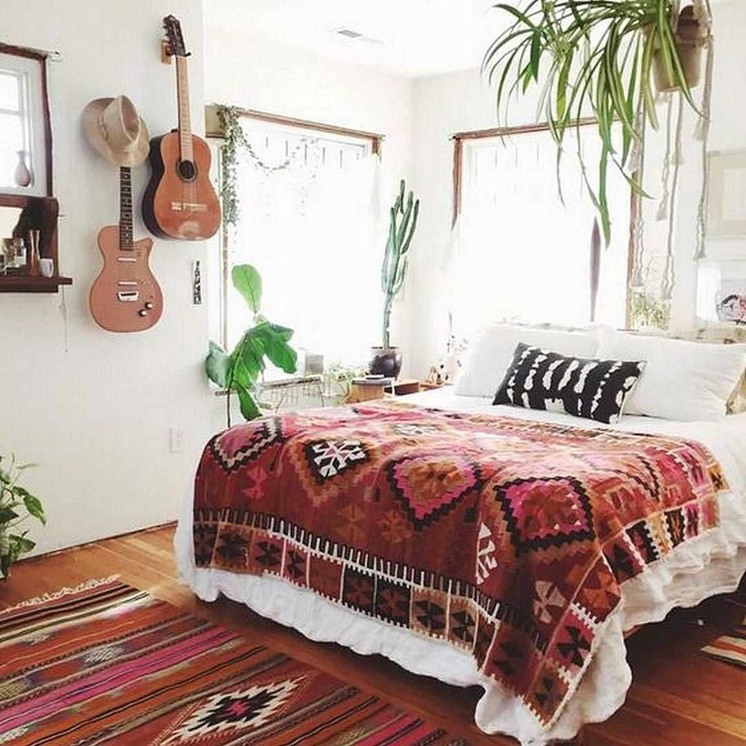 25 Ethnic Home Decor Ideas: Dekorasi Kamar Cowok Sekarang Ini