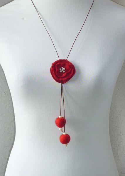 Filzketten - Filzkette mit gefilzter Blüte - ein Designerstück von CH-FilzKunst…
