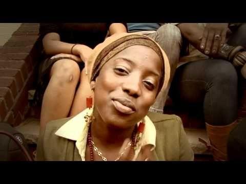 #REGGAE VIDEO Akua Naru - The World Is Listening (prod. by JR & Ph7) is featured on Reggae Hangout TV   http://reggaehangouttv.net/home/akua-naru-the-world-is-listening-prod-by-jr-ph7/   The Riddim Is LOVE!  http://reggaehangouttv.com   WATCH IT ONLINE NOW!!!  FREE DOWNLOAD!!! Music YARD - Reggae Desktop PlayR http://reggaehangouttv.net/musicyard