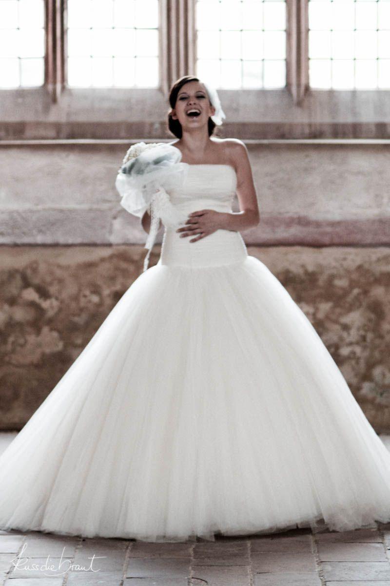 Brautkleid mit Tuell im Duchesse Stil D-1140 | Tüllkleid für die ...
