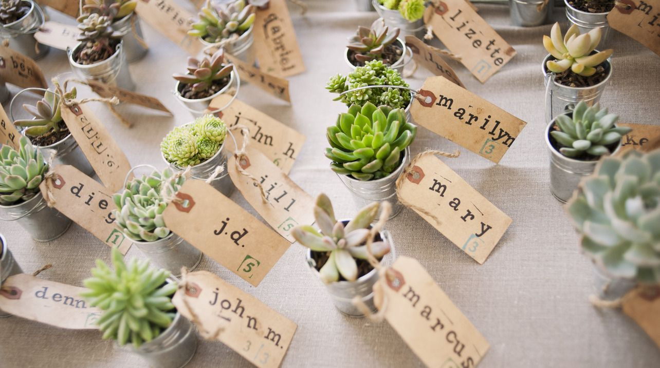 5 diy summer wedding favor ideas on borrowed | wedding ideas