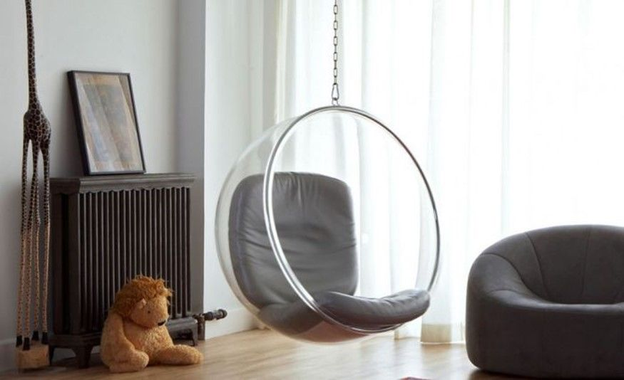 14. Transparent hanging chair-seat. Awesome interior designing: 16 ideas with a hanging swing, which will delight both children and adults | DIY is FUN