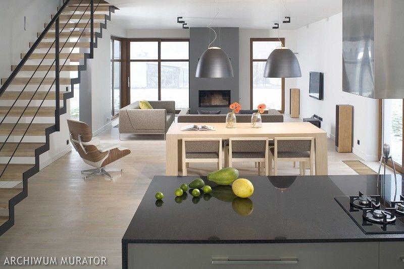 Nowoczesna Kuchnia Otwarta Na Salon Na Granicy Schodow Home Living Room Kitchen Home Decor