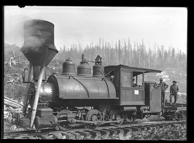"""Steam train engine and men. """"Jumbo"""" engine with spark arrester. Palmer, Oregon. 1910.  Palmer, Oregon"""